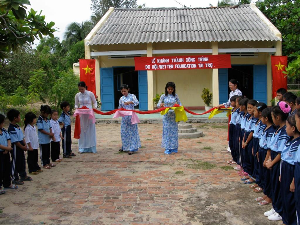 2009SuoiNocschool