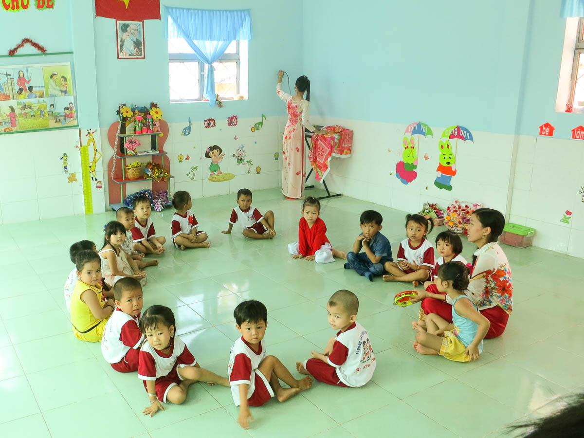 2013LongBinhschool